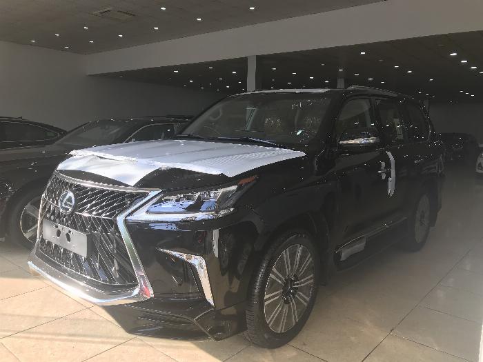 Bán Lexus LX570 Super Sport ,nhập khẩu nguyên chiếc từ trung đông ,Model 2020,xe giao ngay . 1