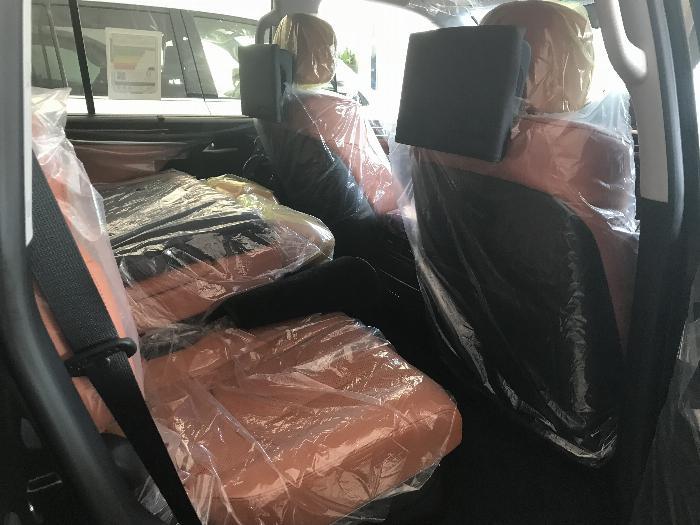 Bán Lexus LX570 Super Sport ,nhập khẩu nguyên chiếc từ trung đông ,Model 2020,xe giao ngay . 7