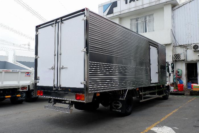 Xe Thùng Kín HINO Inox 6 Tấn Vay 80% LS Thấp, Thùng Dài 6.650 mm, Hino 500 FC9JLTC 1