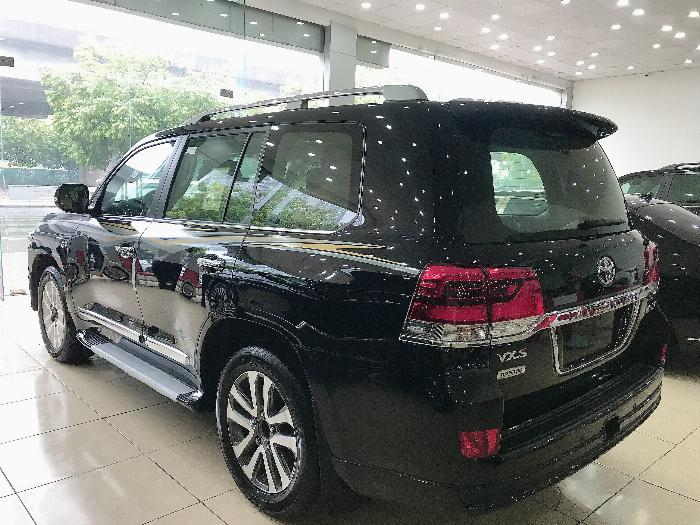 Bán Toyota Landcruise 5.7 VXS,4 ghế Massge Vip,Model 2020,xe giao ngay . 5