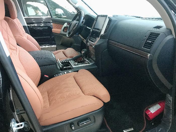 Bán Toyota Landcruise 5.7 VXS,4 ghế Massge Vip,Model 2020,xe giao ngay . 6