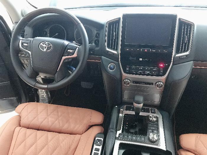 Bán Toyota Landcruise 5.7 VXS,4 ghế Massge Vip,Model 2020,xe giao ngay . 7
