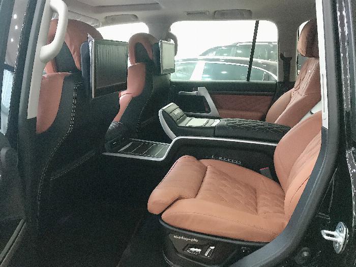 Bán Toyota Landcruise 5.7 VXS,4 ghế Massge Vip,Model 2020,xe giao ngay . 10