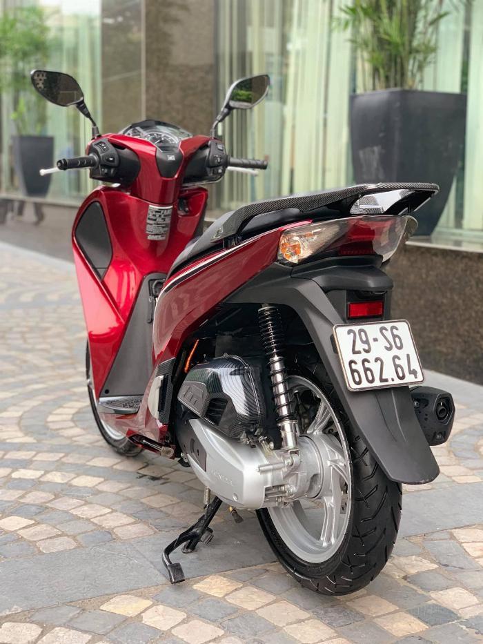Cần bán SH việt 150 ABS cuối 2018 màu Đỏ quá mới 2