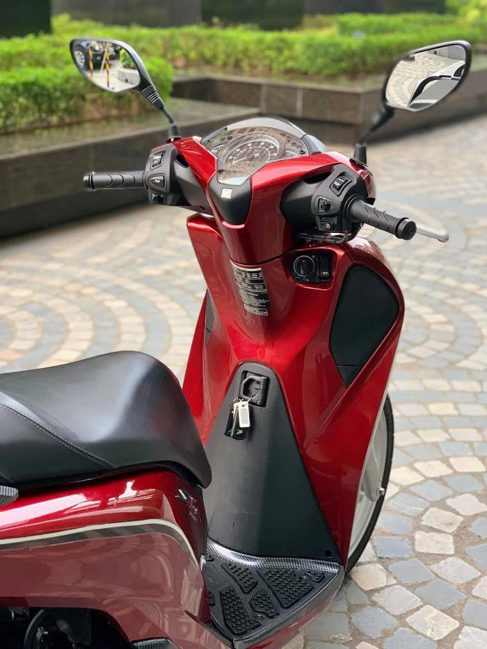 Cần bán SH việt 150 ABS cuối 2018 màu Đỏ quá mới 8