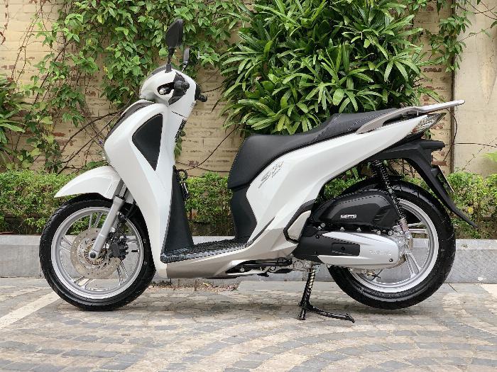 Cần bán SH Việt 150 ABS 9/2019 chạy 700km - mới tinh 7