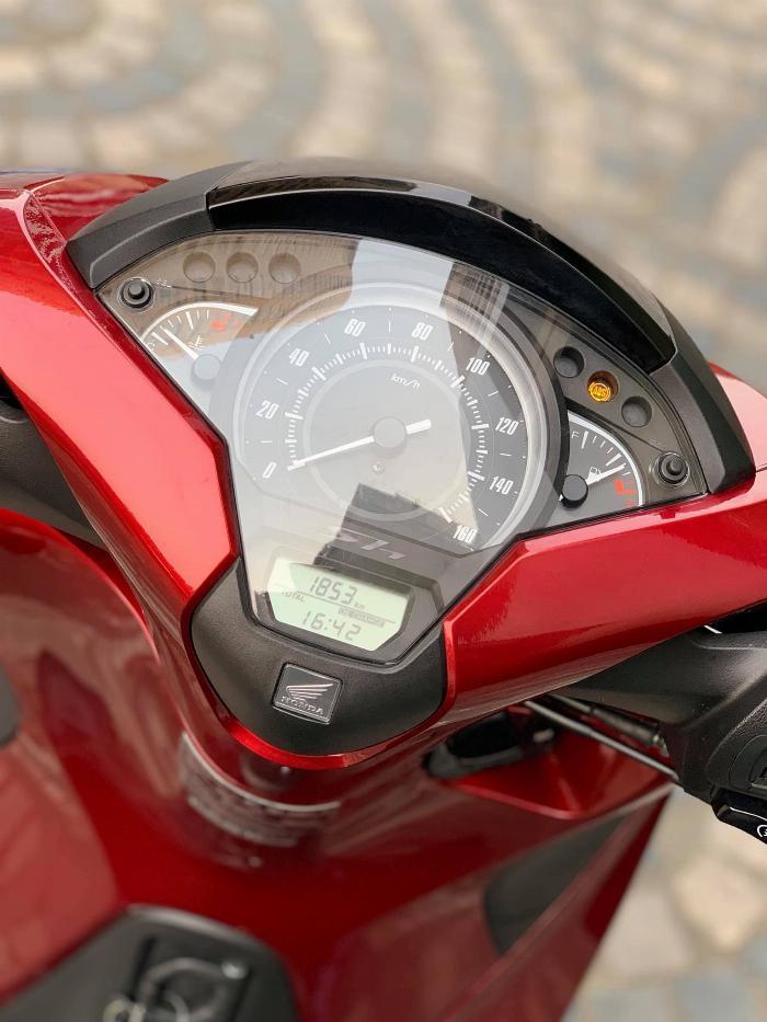 Cần bán SH việt 150 ABS cuối 2018 màu Đỏ quá mới 6