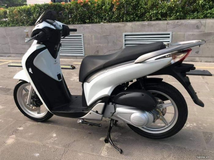 Cần Bán Honda Sh150i Màu Trắng Hàng Nhập Khẩu Ý Chuẩn Mới Bao Giấy Tờ
