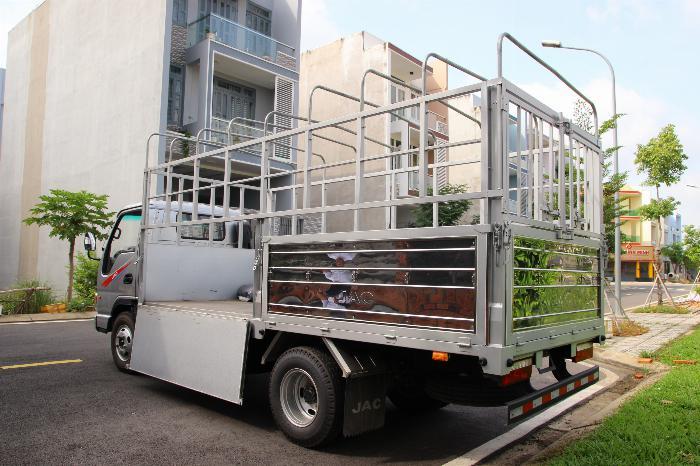 Xe tải JAC 2.4 tấn động cơ ISUZU thùng dài 4.4m. Trả trước 100 triệu 3