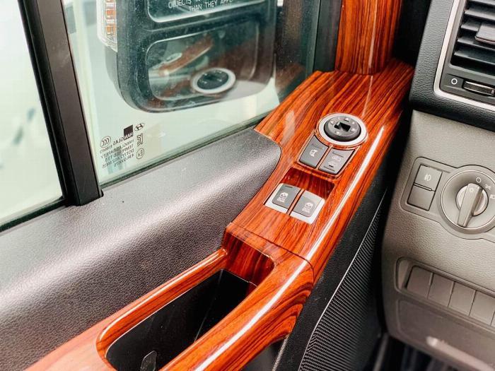 Hyundai Solaty , sang trọng hơn với phiên bản ghế Universe với option hấp dẫn