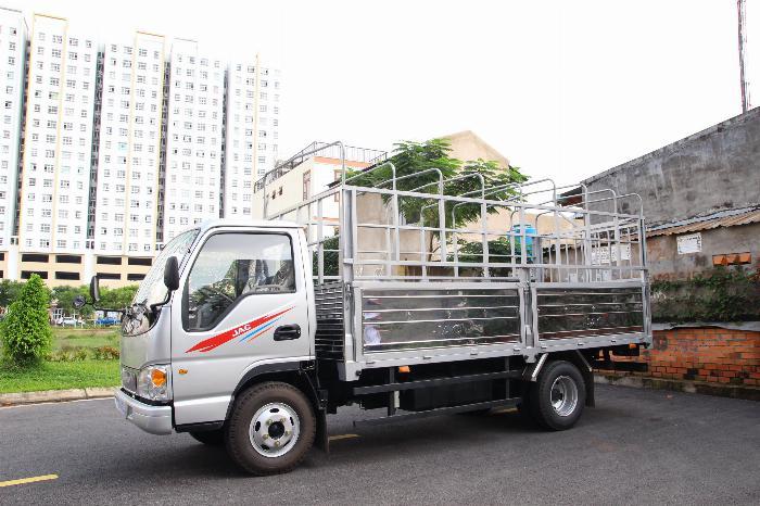 Xe tải JAC 2.4 tấn động cơ ISUZU thùng dài 4.4m. Trả trước 100 triệu 2