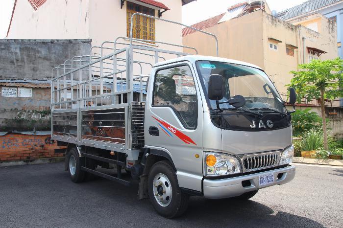 Xe tải JAC 2.4 tấn động cơ ISUZU thùng dài 4.4m. Trả trước 100 triệu 5