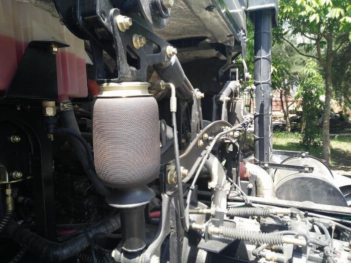 Xe tải Dongfeng 4 chân ga cơ thùng 9m6 giá cực tốt 0