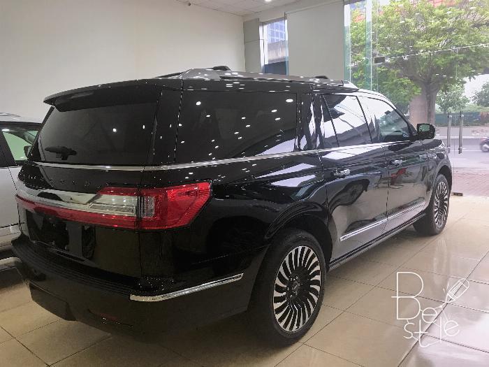 Lincoln Navigator Black Label L bản cao cấp nhất Nhập Mỹ,model 2020,xe giao ngay . 3