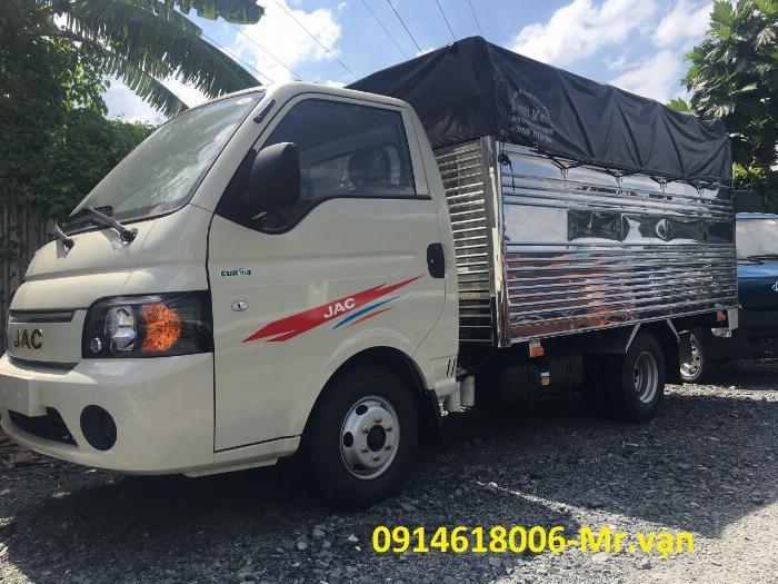 Xe tải 1T5 máy dầu, động cơ ISUZU, thùng dài 3m2, giá cực tốt.