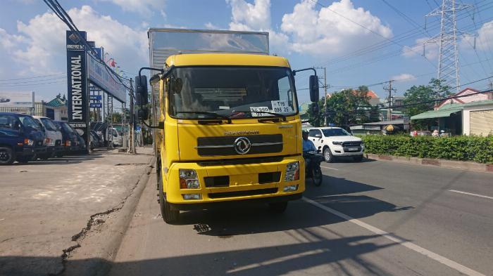 Xe tải DONG FENG B180 thùng dài 9m5, xe nhập, động cơ của mỹ , giá tốt