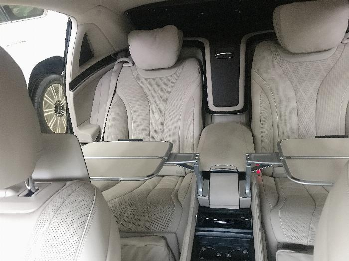 Bán Maybach S450 ,model và đăng ký 2018,lăn bánh 7000 Km,xe đẹp,biển đẹp,hóa đơn VAT hơn 5Ty. 10