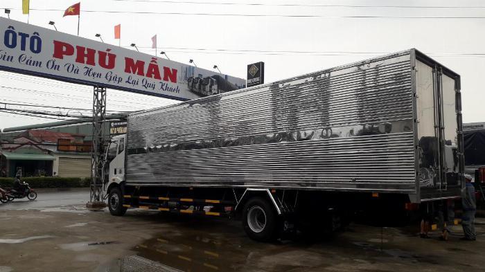 Xe tải thùng Faw 8 tấn thùng dài 9m7 6