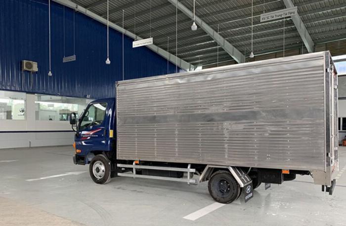 Xe tải Hyundai N250SL thùng dài - Gía mềm, trả trước 100 nhận xe ngay 3