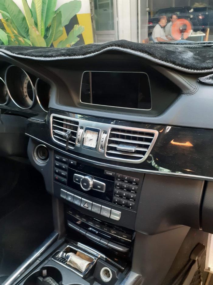 Cần bán gấp xe Mer E250 - Giá hạt dẻ