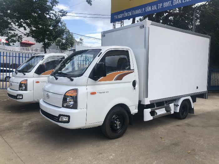 Giá xe tải Hyundai H150 thùng kín composite, hỗ trợ trả góp 80% LS thấp 2