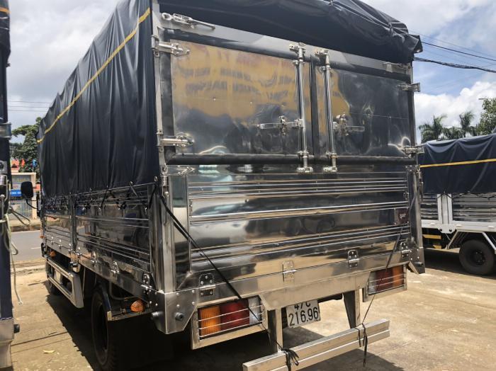 Bán xe tải Hyundai Mighty 2017 ga cơ, Hyundai 8 tấn thùng mui bạt, KM Lớn