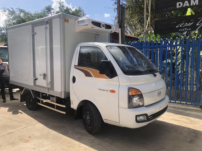 Bán xe tải Hyundai H150 thùng đông lạnh, hỗ trợ trả góp 80% LS thấp 4