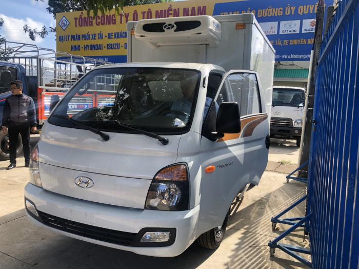 Bán xe tải Hyundai H150 thùng đông lạnh, hỗ trợ trả góp 80% LS thấp 5