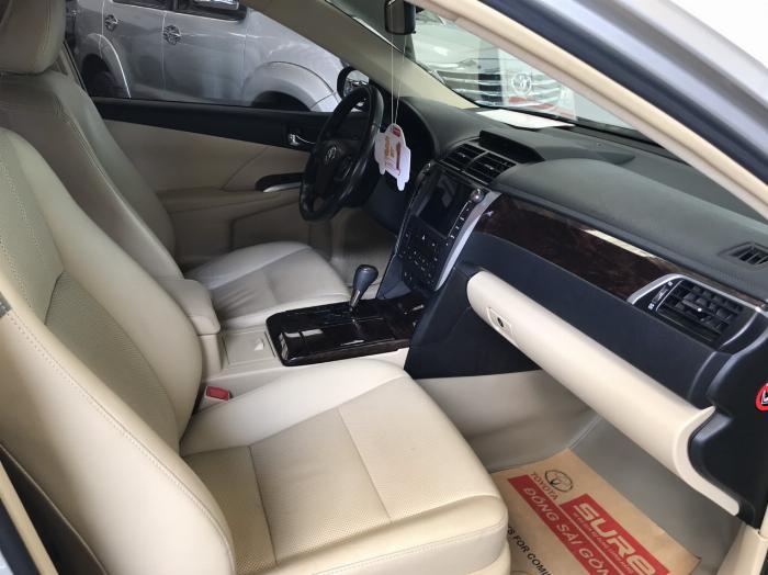 Bán xe Camry 2.5G sx 2015 màu bạc, tặng ngay trước bạ và bảo hiểm 2 chiều 2