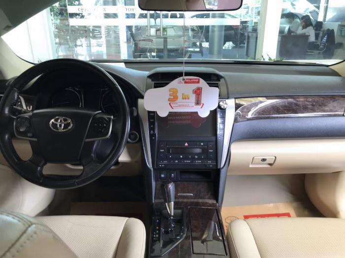 Bán xe Camry 2.5G sx 2015 màu bạc, tặng ngay trước bạ và bảo hiểm 2 chiều 3