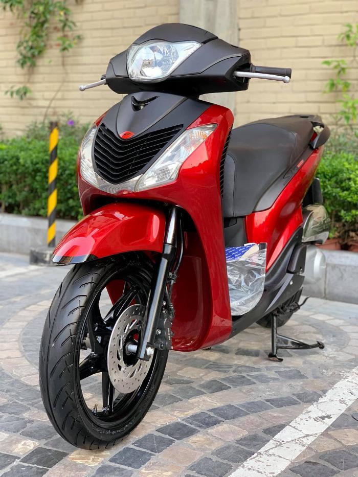 Cần bán SH Nhập 125 cuối 2011 màu đỏ Sport cực đẹp, cực chất 3
