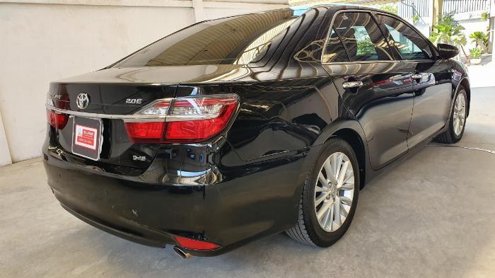 Bán xe Camry 2.0E sản xuất 2018 màu đen VIP, giá cực đẹp 4