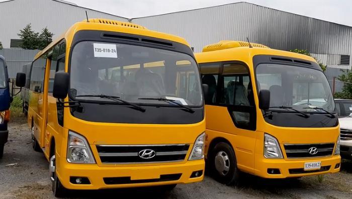 Ngoại thất Hyundai 29 chỗ
