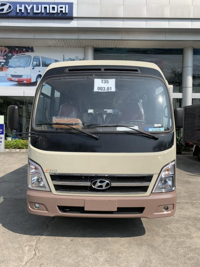 Giới thiệu xe khách Hyundai County 29 chỗ
