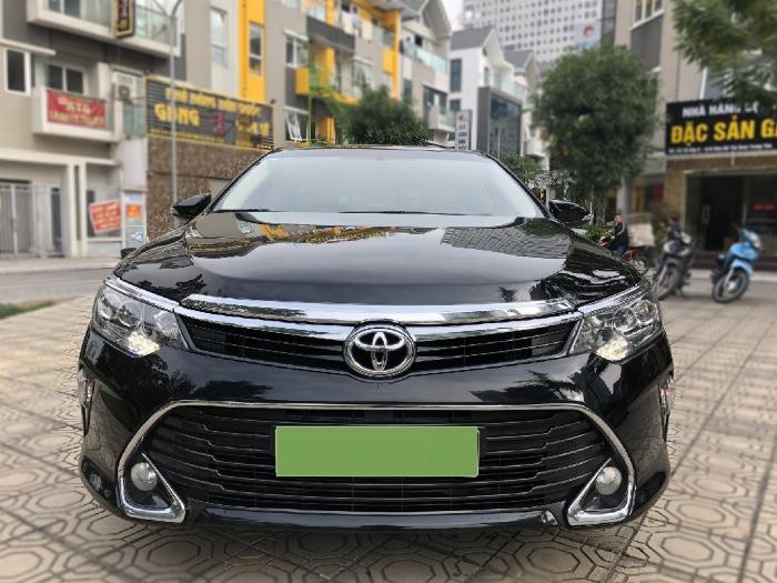 Toyota Camry sản xuất năm 2018 Số tự động Động cơ Xăng