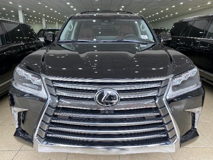 Bán Lexus LX570 Nhập Mỹ,sản xuất 2019,màu đen,nội thất nâu,xe giao ngay.