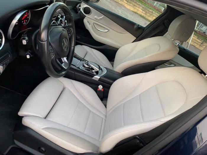 Cần bán xe Mercedes Benz C200 xanh cavansite 2015 3