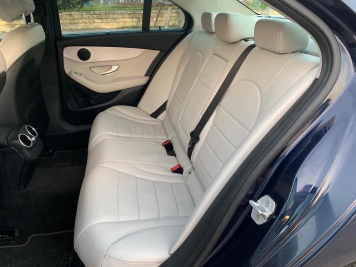 Cần bán xe Mercedes Benz C200 xanh cavansite 2015 5