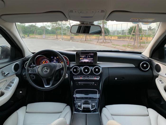 Cần bán xe Mercedes Benz C200 xanh cavansite 2015 7