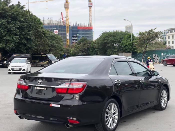 Bán xe Toyota Camry 2.5Q sản xuất 2018 8