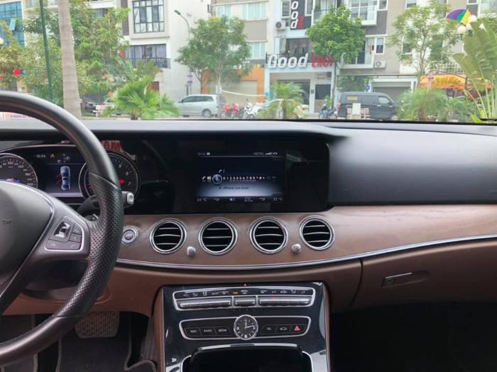 Cần bán Mercedes Benz 2016 đăng ký 2017 mầu đên nội thất nâu 8