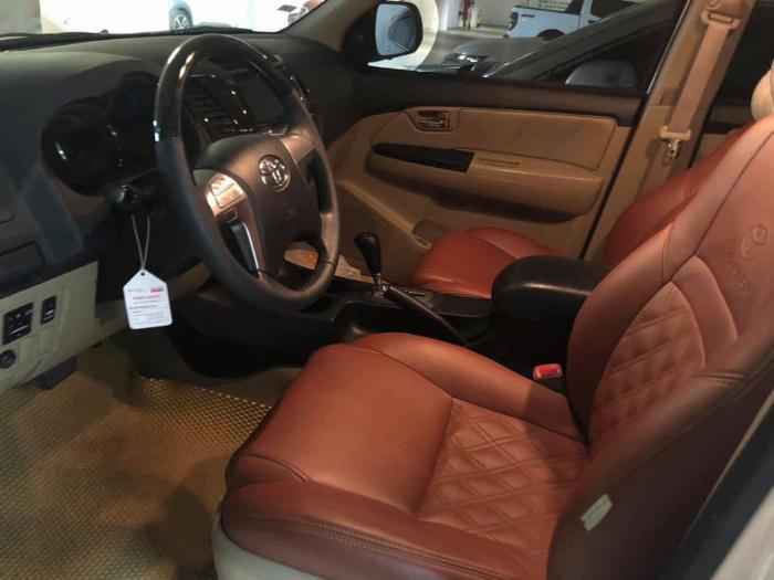 Cần bán xe Fortuner Sportivo  máy xăng một cầu số tự động sản xuất 2016 1