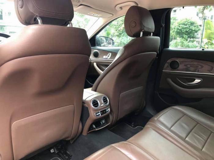 Cần bán Mercedes Benz 2016 đăng ký 2017 mầu đên nội thất nâu 10