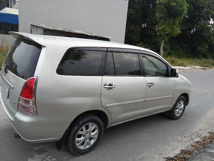 Bán xe inova G2006