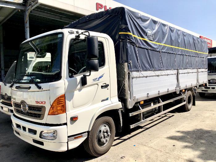 xe tai HINO 6,5 tấn, thùng mui bạt 6m7. Lắp ráp VN. Đại ly cấp 1 giá tốt.