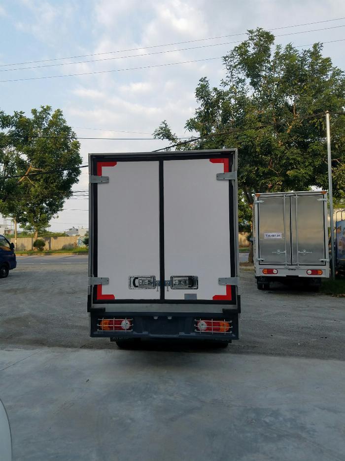 Hyundai Porter 150 thùng đông lạnh 2