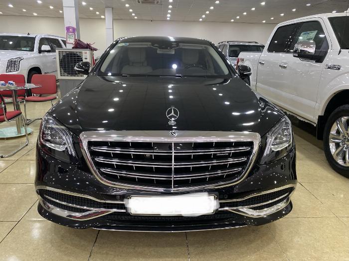 Maybach S450 ,Model và đăng ký 2018,màu đen,xe đẹp ,biển vip,hóa đơn VAT cao .