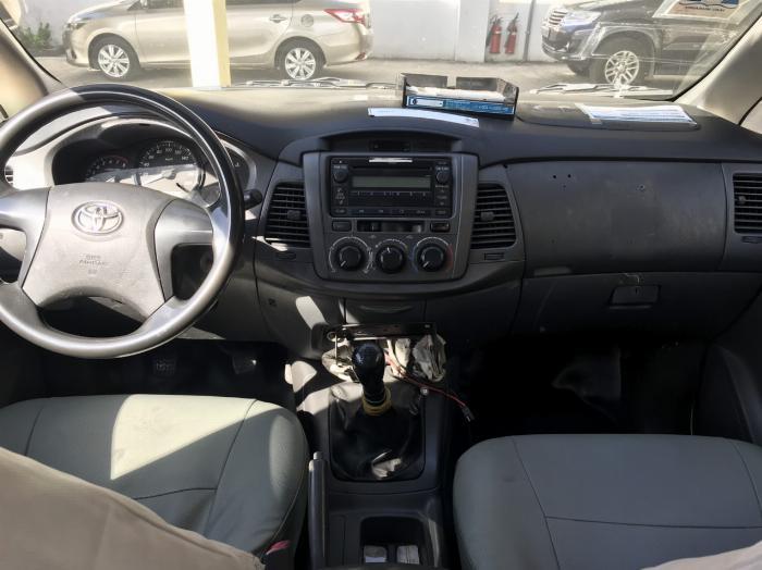 Bán lô xe Innova J taxi sx 2014, 2 dàn lạnh, 2 túi khí+ ABS và kính chỉnh điện 1