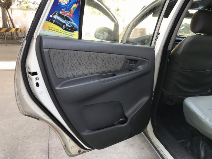 Bán lô xe Innova J taxi sx 2014, 2 dàn lạnh, 2 túi khí+ ABS và kính chỉnh điện 3