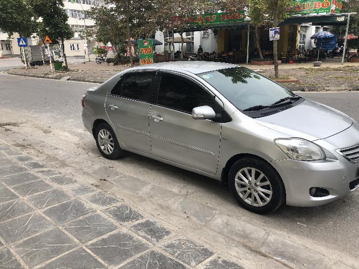 Một chủ bán xe VIOS 1.5E màu ghi bạc, sx cuối 11, chính chủ từ đầu 4